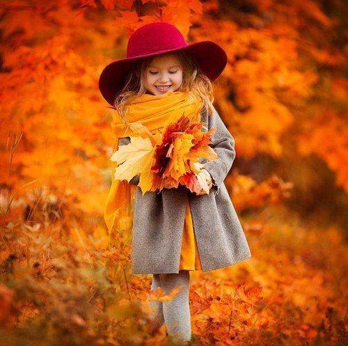 صور اطفال صور اطفال جميله بنات و أولاد اجمل صوراطفال فى العالم Fall Photoshoot Autumn Photography Autumn Beauty