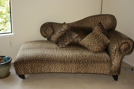 The o 39 jays chaise lounges and love this on pinterest for Animal print chaise lounge