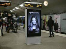 Anúncio interage quando trem passa no metrô da Suécia - http://marketinggoogle.com.br/2014/02/27/anuncio-interage-quando-trem-passa-no-metro-da-suecia/