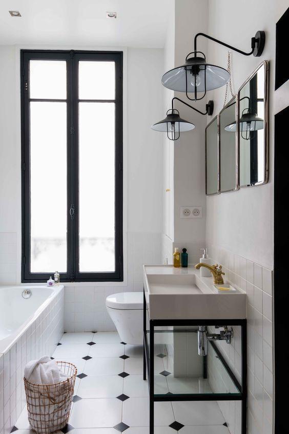 Salle de bain en noir et blanc Appartement parisien de 180m2-GCG ARCHITECTES