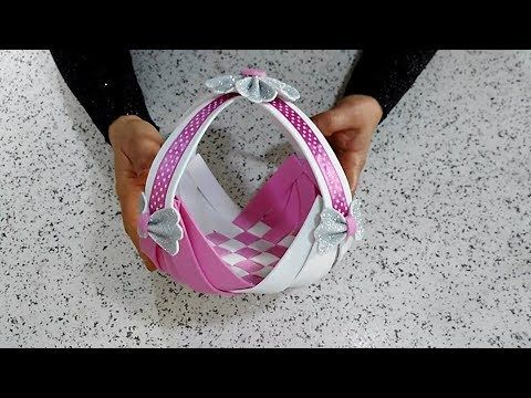 عمل فني بسيط بورق الفوم X2f اعمال يدوية بورق الفوم Cestino Di Pasqua Youtube Wall Hanging Crafts Diy And Crafts Womens Flip Flop
