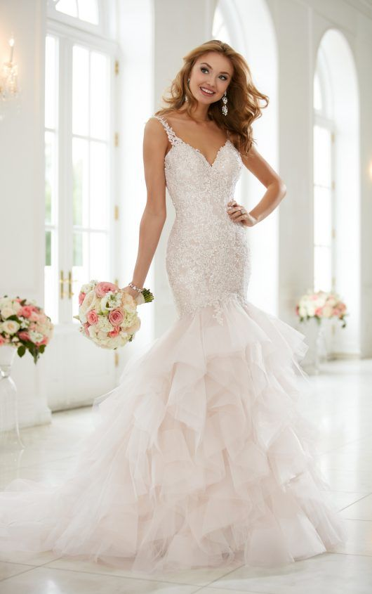 اجمل فساتين زفاف , ارق فساتين زفاف للعرائس 2019 681efbc3f58682c1d956