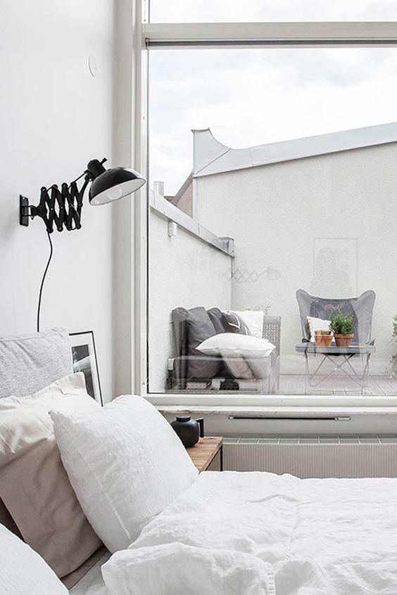 Bett mit Blick auf die Terrasse