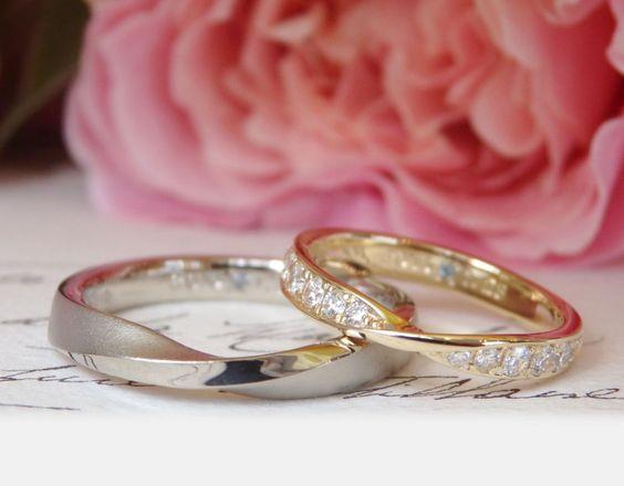 中心にひねりのあるフォルムはお揃いに。色やデザインはお二人の希望に合わせてアレンジして制作しました。 [結婚指輪,マリッジリング,marriage,wedding,bridal,gold,ゴールド,ホワイトゴールド,diamond,ダイヤモンド,オーダメイド,ith,]
