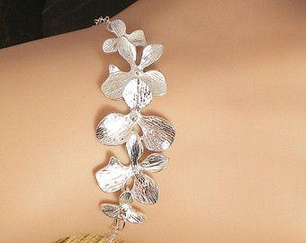 Elegante pulsera de orquídeas por janiecox en Etsy