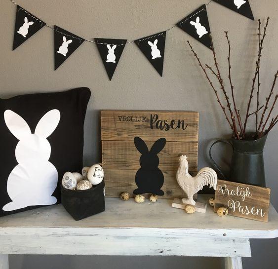 Zwart witte paasversiering, paasdecoratie, paashaas kussen, paaskip, Vrolijk Pasen, monochrome Pasen, paaseieren