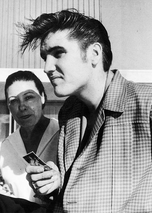 the king (Elvis hated being called the king, he said Jesus was king) but boy could he sing. Love Him