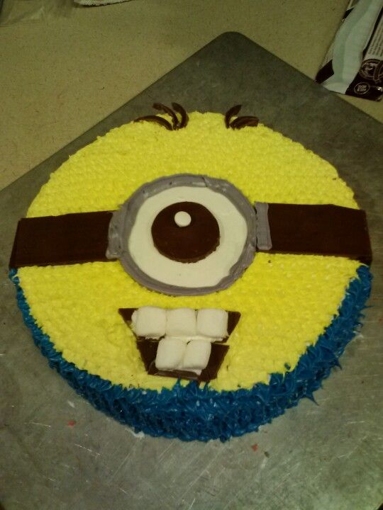 Easy Minion Cake Images : Minions and Cakes on Pinterest