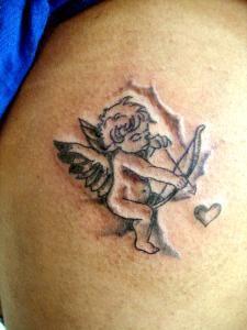 petite aile d 39 ange tatouage pied recherche google tatouages pinterest recherche. Black Bedroom Furniture Sets. Home Design Ideas