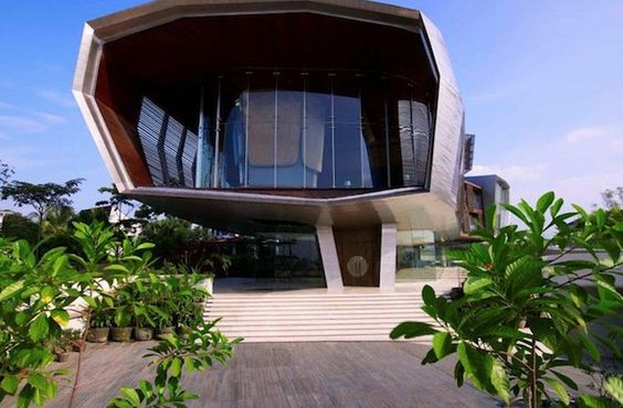 Enormous 32000 Square Foot Malaysian Residence (12)
