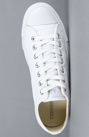 Converse  The Chuck Taylor All Star Leather Ox Sneaker in White Monochrome