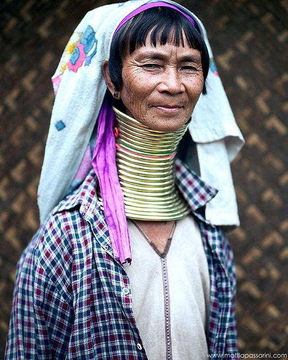 """""""The Kayan (Karenni) people, a Tibeto-Burman ethnic minority of Myanmar. Girls first start to wear rings when they are around five years old.Over the years…"""""""