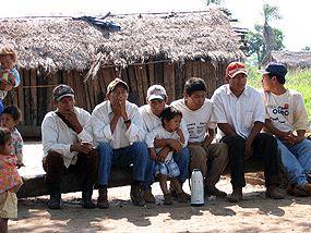 Indígenas en Paraguay