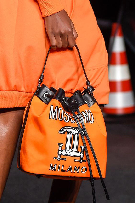 Moschino Women Spring Summer 2016 #MFW: