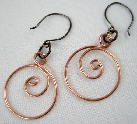 These classic and graceful zen-spiral hoop earrings are very easy and quick to make.