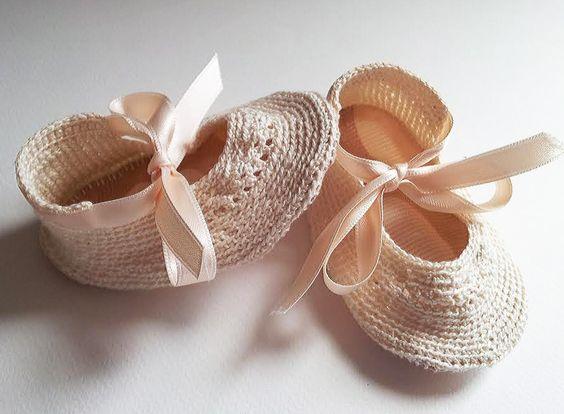 Zapatitos de bebé tresCandela http://www.trescandelatienda.com/