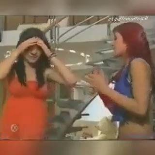OrgulloMaiteSVK : Lupita y Roberta cantar juntos canción #CuandoElAmorSeAcaba…