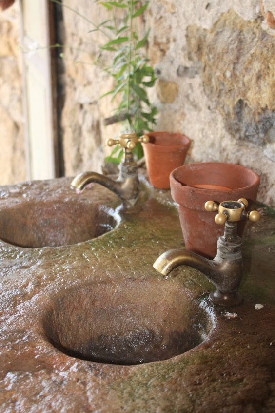 stone sink use the marble bowl and taps ?..