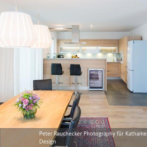 Offene Wohnküche Bungalow - küche mit weinkühlschrank