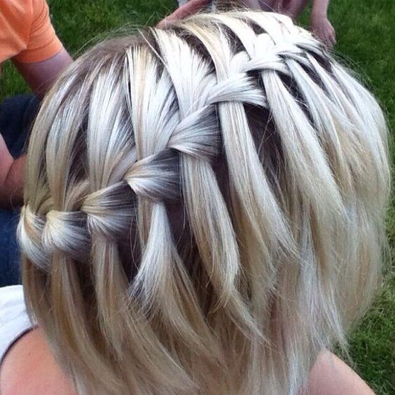Trenza de cascada en cabello corto trenzas peinados cabellocorto http//