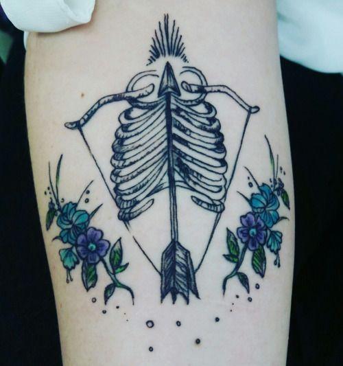 22 Awesome Tattoos For Women Inspirierende Tattoos Schrift Tattoos Schutze Tattoos
