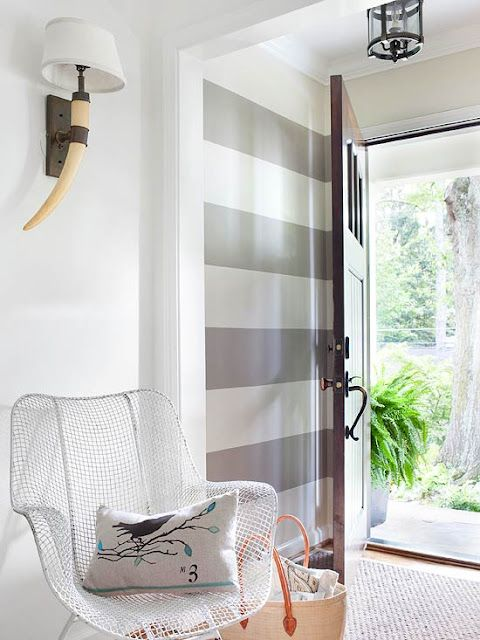 great stripes, in just the entryway :)