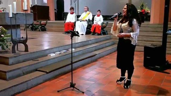 #Hochzeitssängerin #Sängerin #NatalieMoon #AmazingGrace #Live #LiveGesang #Sologesang #Hochzeitsgesang #Gesang #Live #Hochzeit #Trauung #Standesamt #Kirche #FreieTrauung #Sektempfang #Dinner #Hochzeitsfeier #NRW #Köln #Bonn #Deutschland #Wedding #Weddingsong #Weddingsongs #Vocalist #Singer #Church #Germany