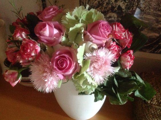 Rosen und Nelken