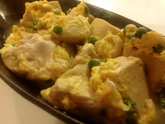 ⭕高野豆腐卵とじ。 砂糖を半量に減らす。 干し椎茸の煮だしもいれるとおいしいけど色が濃くなるのと、甘くなりすぎるので注意