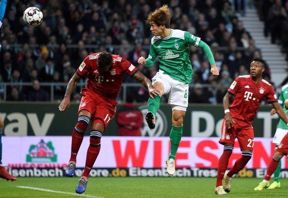 AGENBOLA889 - Namun pada akhir pekan ini, tepatnya pada pekan ke-14 Bundesliga, Bayern Munchen berhasil  mengalahkan Werder Bremen dalam laga lanjutan Bundesliga dengan skor tipis 2-1. Kemenangan tersebut menjadi hasil yang positif bagi Lewandowski dkk.