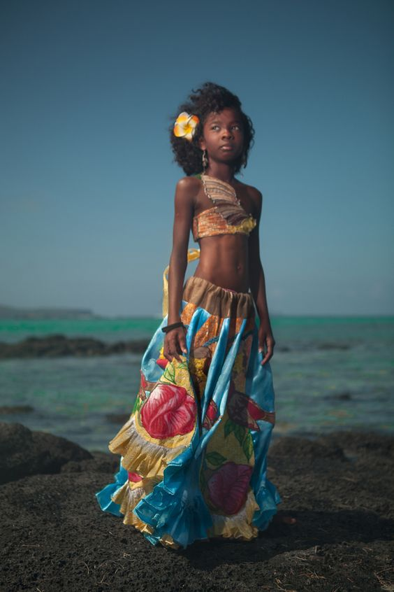 Mauritius traditional and dresses on pinterest for Sega ile maurice