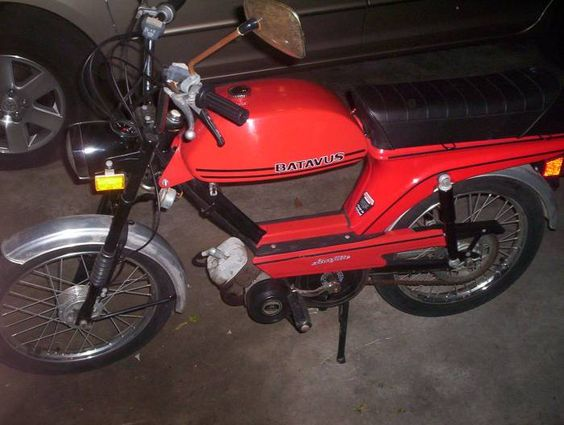 just got me one of these! stoked!1980 #batavus #moped