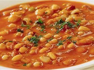 Fasolada (Vegetarian Greek Bean Soup)