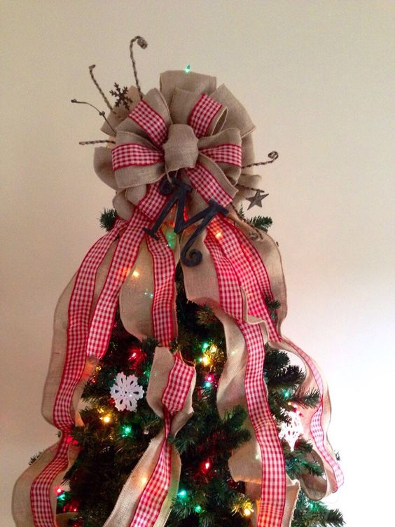 Tree toppers, Burlap and Primitive christmas tree on Pinterest