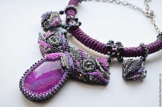 """Купить Колье """"Дейция"""" - фиолетовый, фуксия, сиреневый, серебряный, серый, вышитое колье, колье из бисера"""