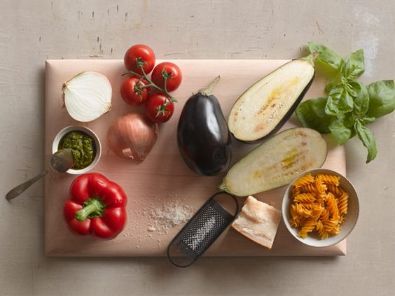 400-Calorie Mediterranean Meals #cookingthruthelandsofthebible #healthymeals #mediterranean recipes