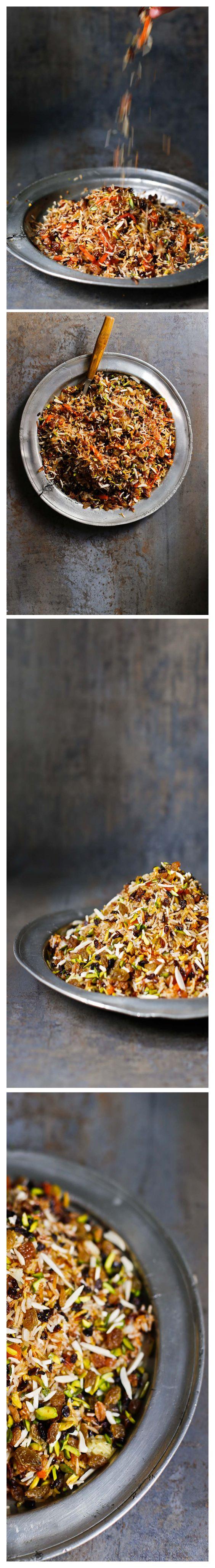 Como todo inicio de mes, hoy toca publicar receta en Rústica con Botas. Para este mes los ingredientes principales eran: arroz, cebolla, yogur y uno o dos ingredientes secretos. Yo he usado chalota…