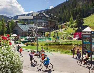 Winter Park is Colorado's Favorite Playground. Winter Park-Fraser Chamber offers a variety of events, lodging, deals, activities, dining, and vacations. Details: 800.903.7275