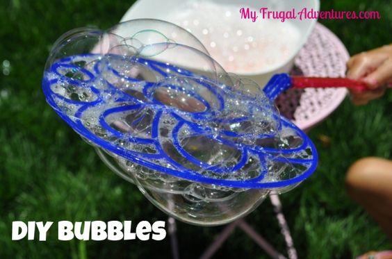 Children's Craft Idea: Homemade Bubbles