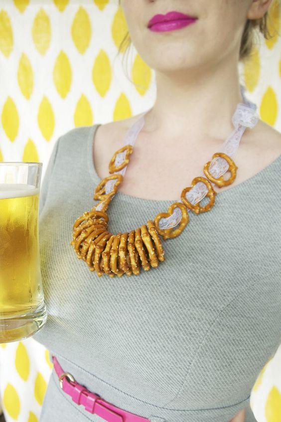 The ultimate Oktoberfest accessory? A #DIY pretzel necklace, of course!