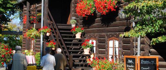 Herzlich Willkommen im Blockhaus Nikolskoe - Die historische Gaststätte am Wannsee