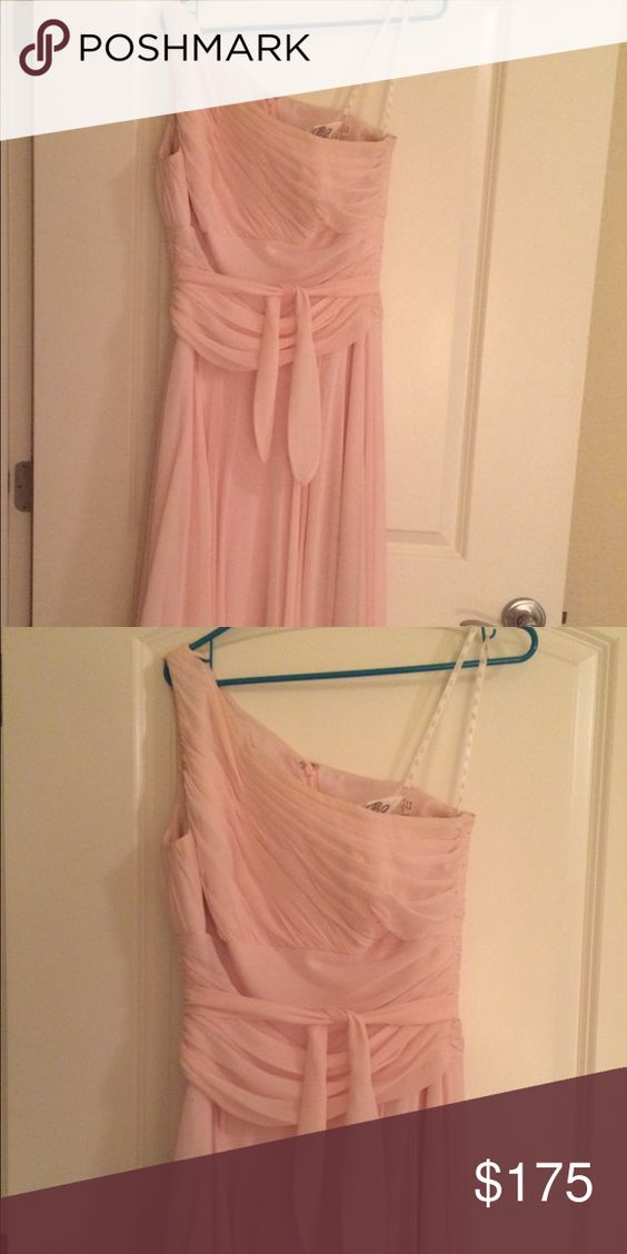 Jasmine B2 Bridesmaid Dress Light Pink Bridesmaid Dress. Worn 1 time, gently used. Floor length dress. Size 12 but run smaller. More like a size 8-10. Dresses Maxi