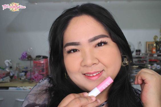 Lip swatch Oh! My Tint / Lip swatch liptint Zoya shade Pink Party