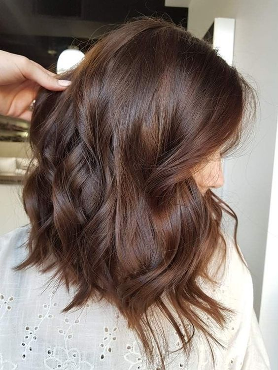 What Kind Of Hairstyle Is Suitable For Long Faced Girls These Nine Hairstyles Are Absolutely Beautiful Hair Color Light Brown Hair Styles Brown Hair Balayage