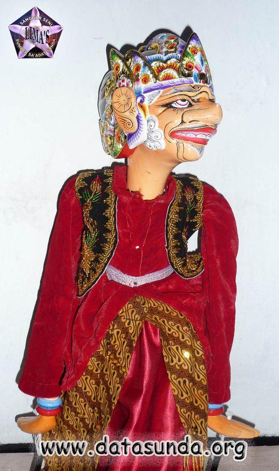 Wayang | Wayang Golek - Sakuning - Ujang Wayang (Eman Sulaiman) collection