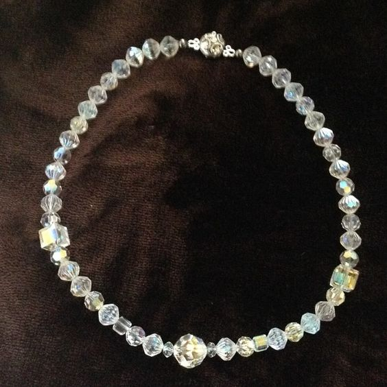 "Crystal necklace Beautiful crystal necklace, 17"" long ( including clasp) and closes with a magnet clasp. Jewelry Necklaces"