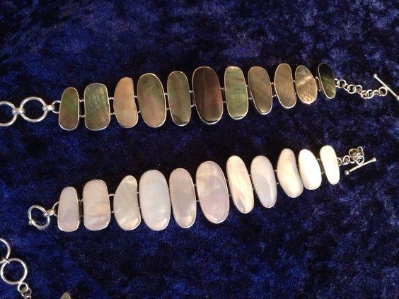 Pearl/ivory/black/dark geometric bracelet by FlamesJewels on Etsy