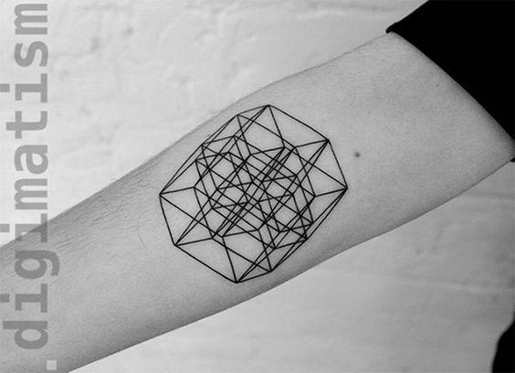Suprematismus-inspirierte Digital-minimalistisch-Tattoos-stanislaw-Wilczynski