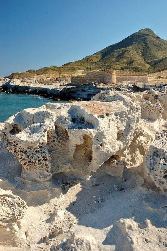 Castillo de los escullos mi tierra almer a pinterest for Cabo de gata spain