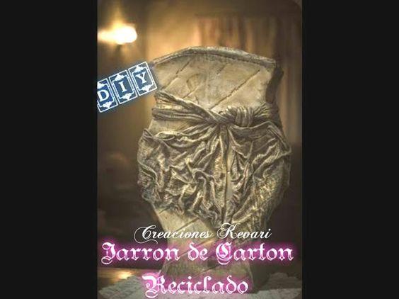 Jarrón de Cartón Reciclado/Recycled Cardboard Vase